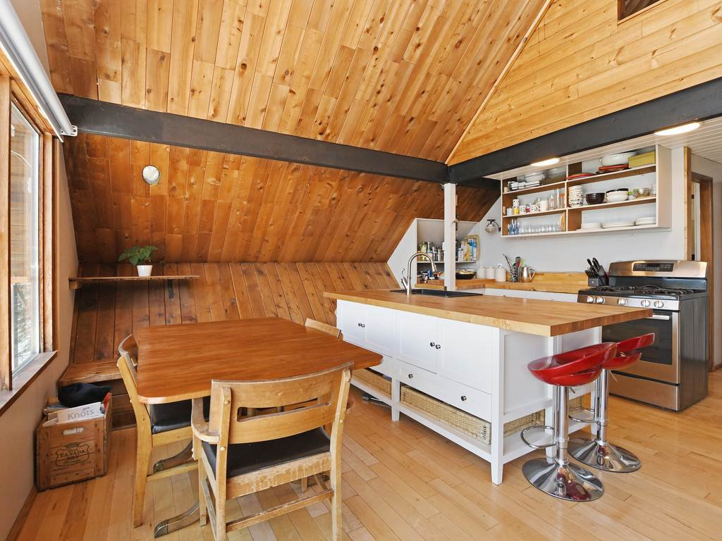 """Photo 5: Photos: 1 COSY Cove in North Vancouver: Indian Arm House for sale in """"Cosy COve"""" : MLS®# R2381296"""