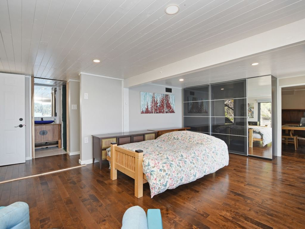 """Photo 13: Photos: 1 COSY Cove in North Vancouver: Indian Arm House for sale in """"Cosy COve"""" : MLS®# R2381296"""