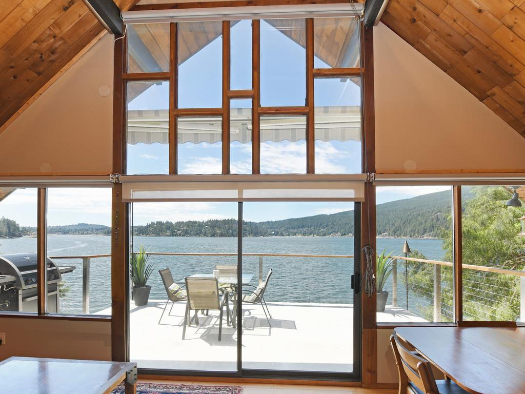 """Photo 3: Photos: 1 COSY Cove in North Vancouver: Indian Arm House for sale in """"Cosy COve"""" : MLS®# R2381296"""