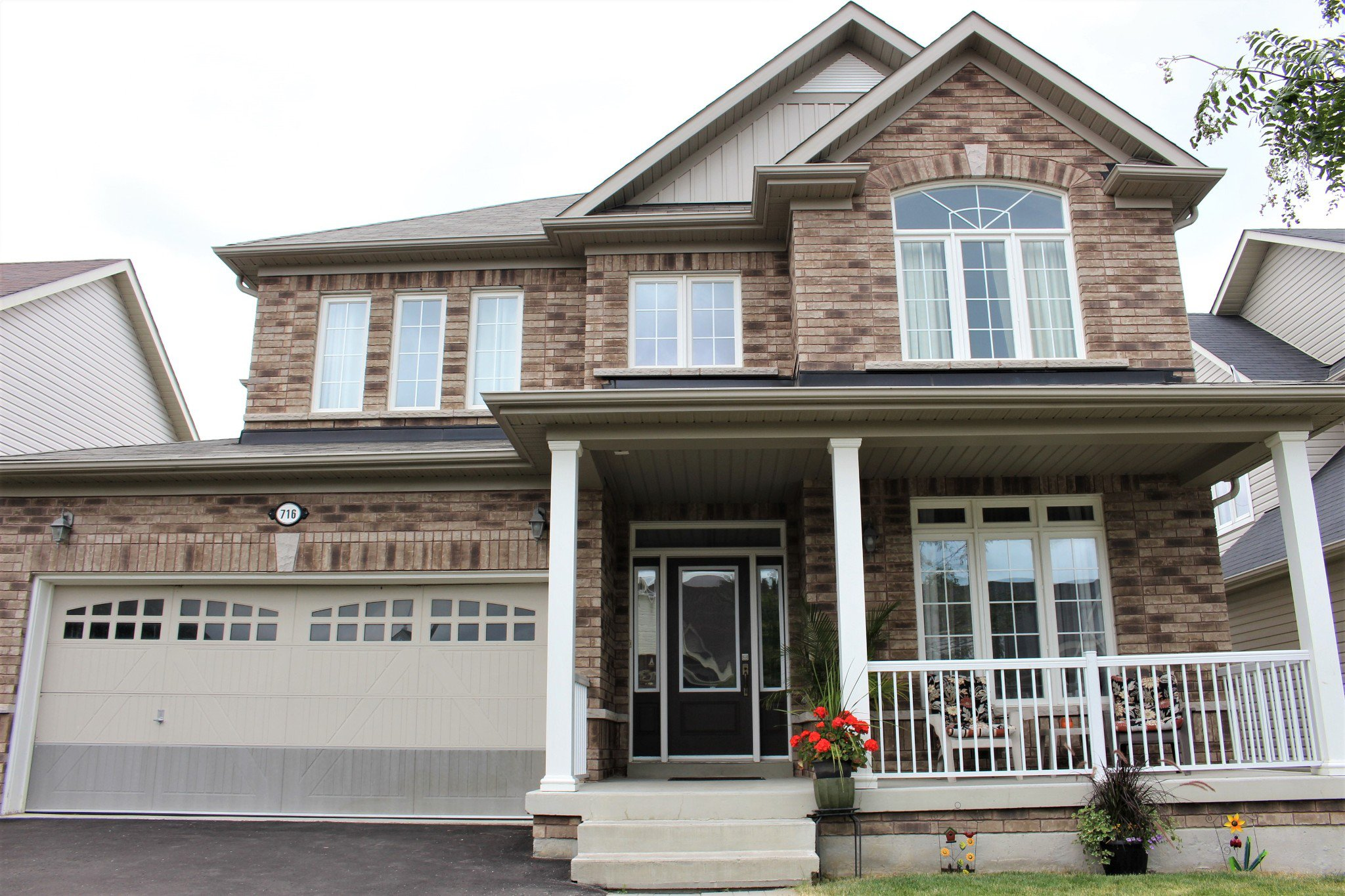 Photo 2: Photos: 716 Prince of Wales Drive in Cobourg: Residential Detached for sale : MLS®# 209153