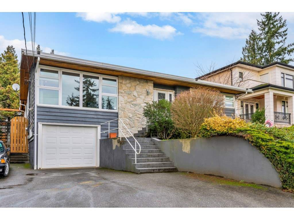 Main Photo: 4777 CLINTON Street in Burnaby: South Slope House for sale (Burnaby South)  : MLS®# R2432788