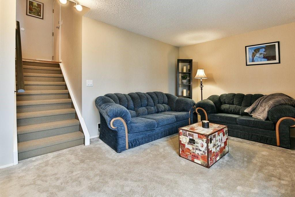 Photo 17: Photos: 83 1190 Ranchview Road NW in Calgary: Ranchlands Row/Townhouse for sale : MLS®# C4306556
