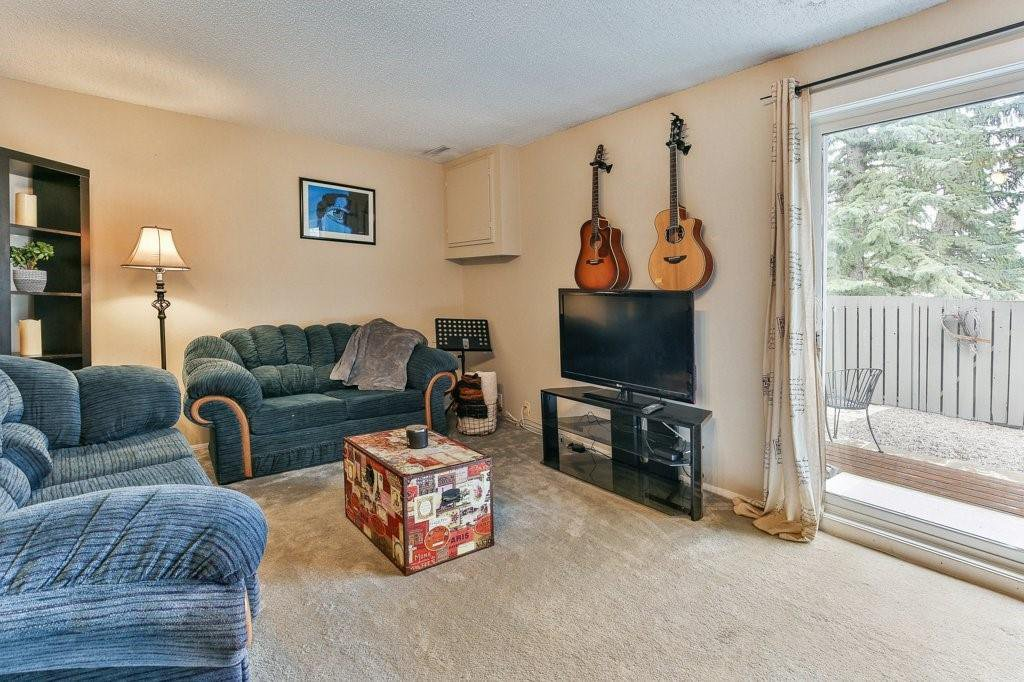Photo 16: Photos: 83 1190 Ranchview Road NW in Calgary: Ranchlands Row/Townhouse for sale : MLS®# C4306556