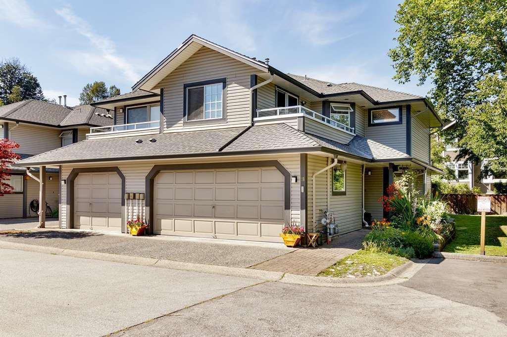 Main Photo: 18 2561 RUNNEL Drive in Coquitlam: Eagle Ridge CQ Townhouse for sale : MLS®# R2480689