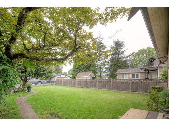 "Photo 20: Photos: 830 FOURTH Street in New Westminster: GlenBrooke North House for sale in ""GLENBROOKE NORTH"" : MLS®# V1066437"