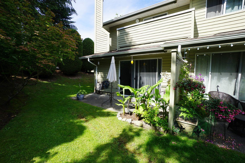 """Photo 15: Photos: 135 1386 LINCOLN Drive in Port Coquitlam: Oxford Heights Townhouse for sale in """"MOUNTAIN PARK VILLAGE"""" : MLS®# R2083208"""
