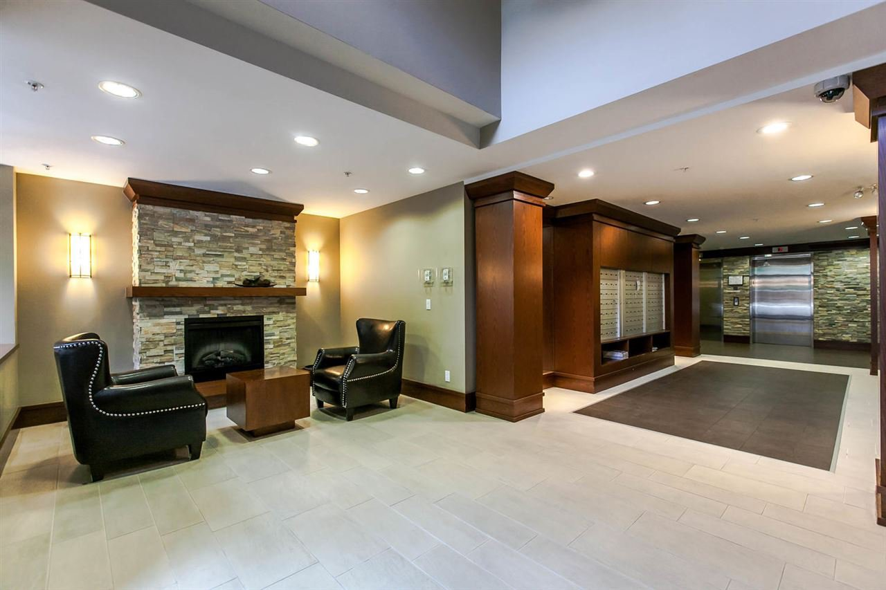 """Photo 13: Photos: 319 4833 BRENTWOOD Drive in Burnaby: Brentwood Park Condo for sale in """"BRENTWOOD GATE"""" (Burnaby North)  : MLS®# R2087500"""