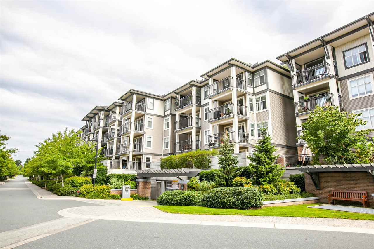 """Photo 17: Photos: 319 4833 BRENTWOOD Drive in Burnaby: Brentwood Park Condo for sale in """"BRENTWOOD GATE"""" (Burnaby North)  : MLS®# R2087500"""
