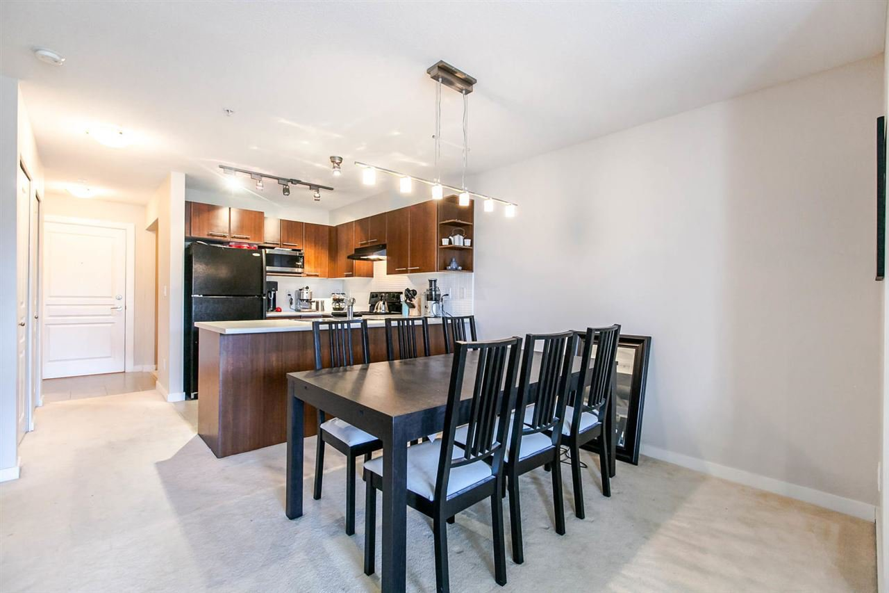 """Photo 5: Photos: 319 4833 BRENTWOOD Drive in Burnaby: Brentwood Park Condo for sale in """"BRENTWOOD GATE"""" (Burnaby North)  : MLS®# R2087500"""