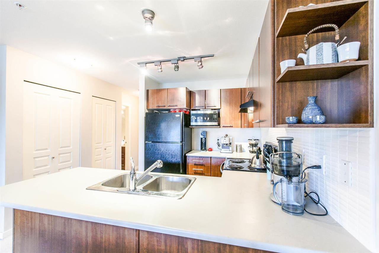 """Photo 7: Photos: 319 4833 BRENTWOOD Drive in Burnaby: Brentwood Park Condo for sale in """"BRENTWOOD GATE"""" (Burnaby North)  : MLS®# R2087500"""