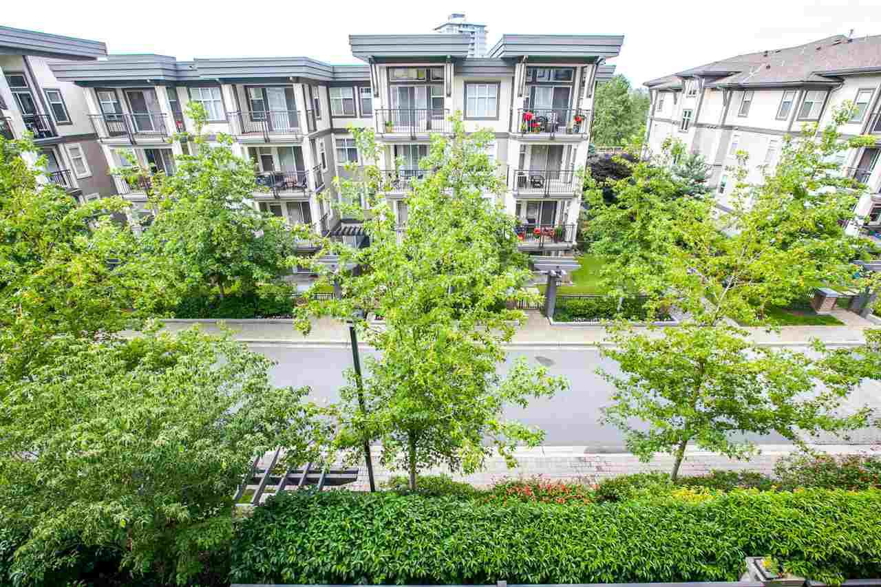 """Photo 12: Photos: 319 4833 BRENTWOOD Drive in Burnaby: Brentwood Park Condo for sale in """"BRENTWOOD GATE"""" (Burnaby North)  : MLS®# R2087500"""