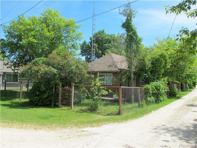 Photo 6: Photos:  in St Laurent: Manitoba Other Residential for sale : MLS®# 1618344