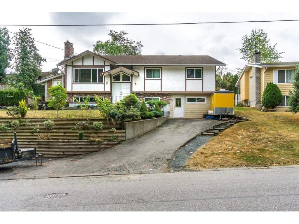 "Main Photo: 34480 LABURNUM Avenue in Abbotsford: Abbotsford East House for sale in ""Bateman"" : MLS®# R2104922"