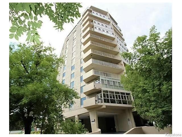 Main Photo: 221 Wellington Crescent in Winnipeg: Condominium for sale (1B)  : MLS®# 1629216