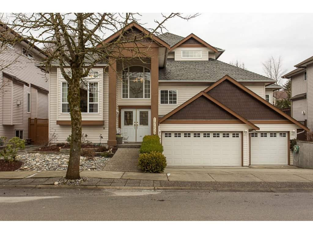"Main Photo: 19659 JOYNER Place in Pitt Meadows: South Meadows House for sale in ""EMERALD MEADOWS"" : MLS®# R2134987"