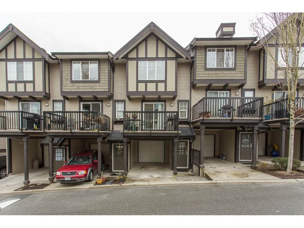 "Main Photo: 22 20176 68 Avenue in Langley: Willoughby Heights Townhouse for sale in ""STEEPLECHASE"" : MLS®# R2146576"