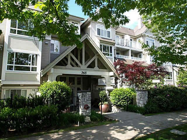 "Main Photo: 314 365 E 1ST Street in North Vancouver: Lower Lonsdale Condo for sale in ""Vista at Hammersly"" : MLS®# R2151657"