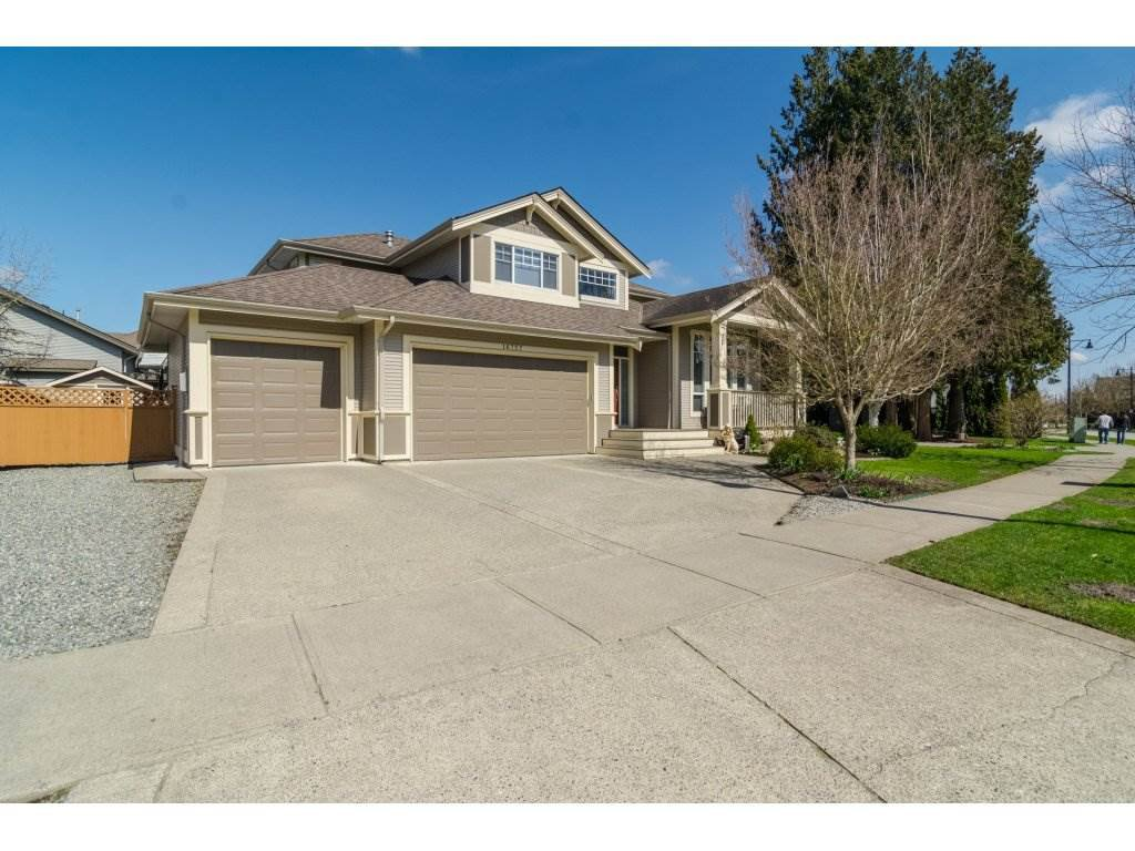 "Main Photo: 16757 61 Avenue in Surrey: Cloverdale BC House for sale in ""Clover Ridge Estates"" (Cloverdale)  : MLS®# R2151622"