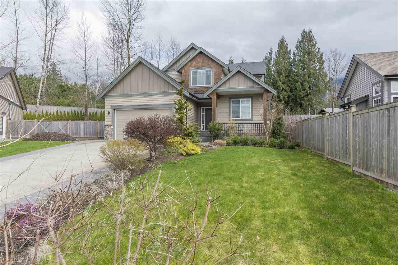 Main Photo: 10414 PARKWOOD Drive in Rosedale: Rosedale Popkum House for sale : MLS®# R2157040