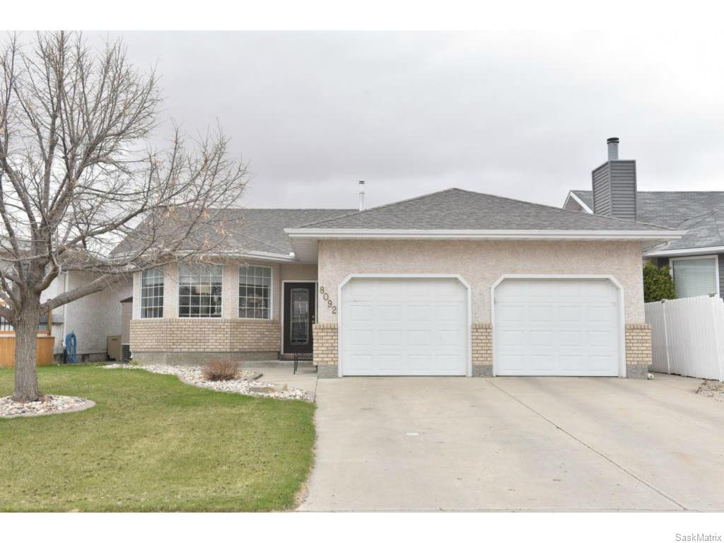 Main Photo: 8092 STRUTHERS Crescent in Regina: Westhill Single Family Dwelling for sale (Regina Area 02)  : MLS®# 607013