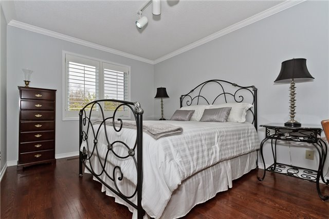 Photo 11: Photos: 4018 Erindale Station Road in Mississauga: Creditview House (2-Storey) for sale : MLS®# W3790071