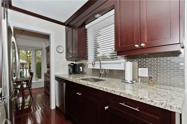 Photo 4: Photos: 4018 Erindale Station Road in Mississauga: Creditview House (2-Storey) for sale : MLS®# W3790071