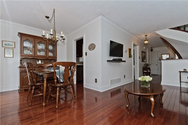 Photo 6: Photos: 4018 Erindale Station Road in Mississauga: Creditview House (2-Storey) for sale : MLS®# W3790071