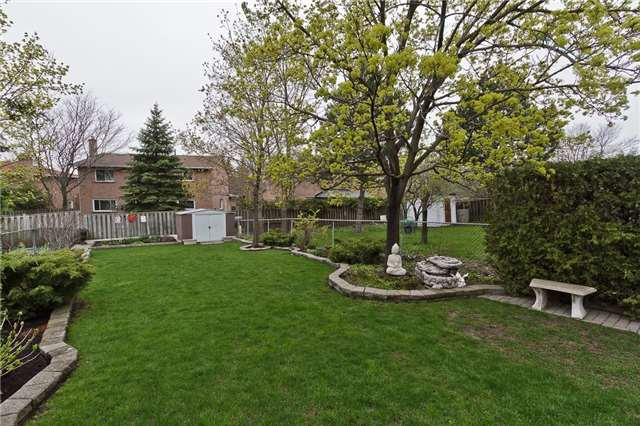 Photo 18: Photos: 4018 Erindale Station Road in Mississauga: Creditview House (2-Storey) for sale : MLS®# W3790071