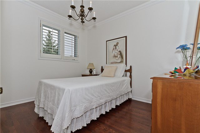 Photo 13: Photos: 4018 Erindale Station Road in Mississauga: Creditview House (2-Storey) for sale : MLS®# W3790071
