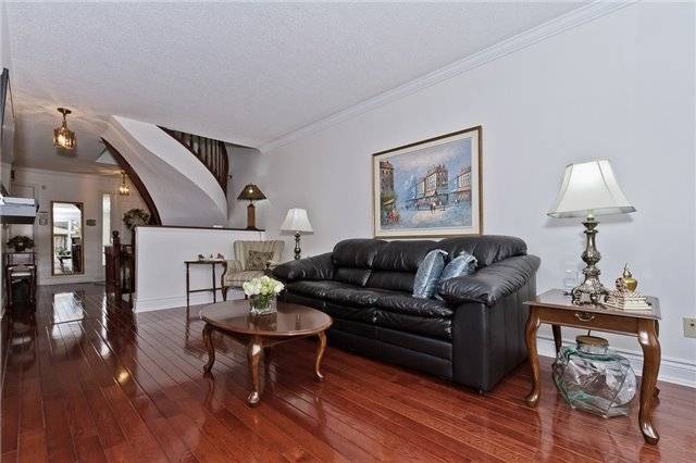 Photo 5: Photos: 4018 Erindale Station Road in Mississauga: Creditview House (2-Storey) for sale : MLS®# W3790071