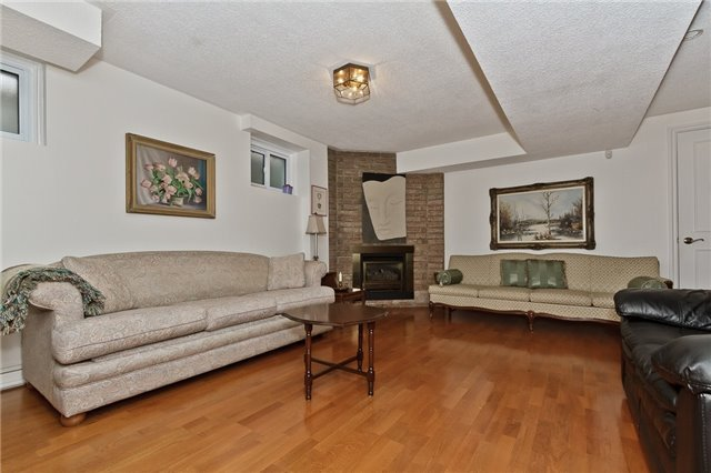 Photo 15: Photos: 4018 Erindale Station Road in Mississauga: Creditview House (2-Storey) for sale : MLS®# W3790071