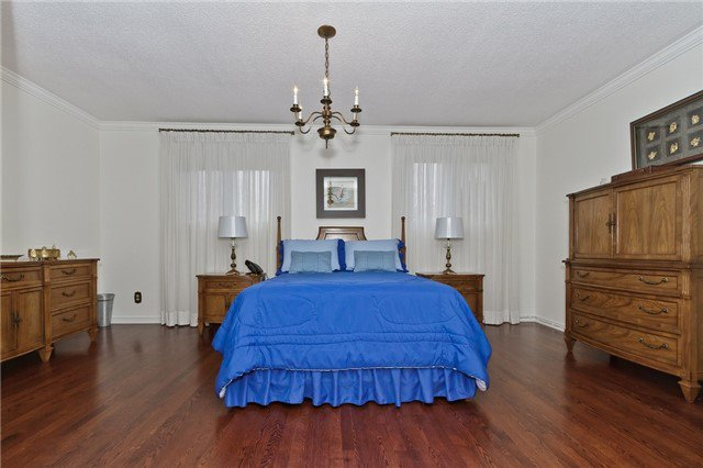 Photo 8: Photos: 4018 Erindale Station Road in Mississauga: Creditview House (2-Storey) for sale : MLS®# W3790071