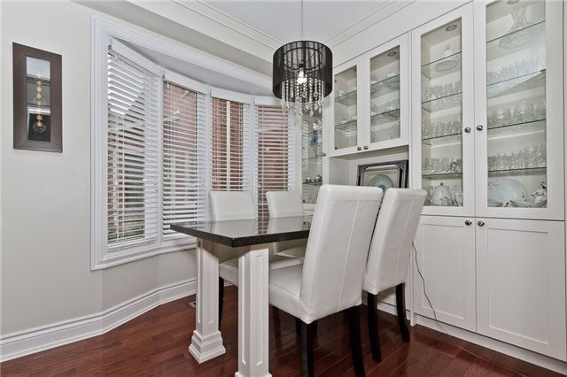 Photo 7: Photos: 4018 Erindale Station Road in Mississauga: Creditview House (2-Storey) for sale : MLS®# W3790071