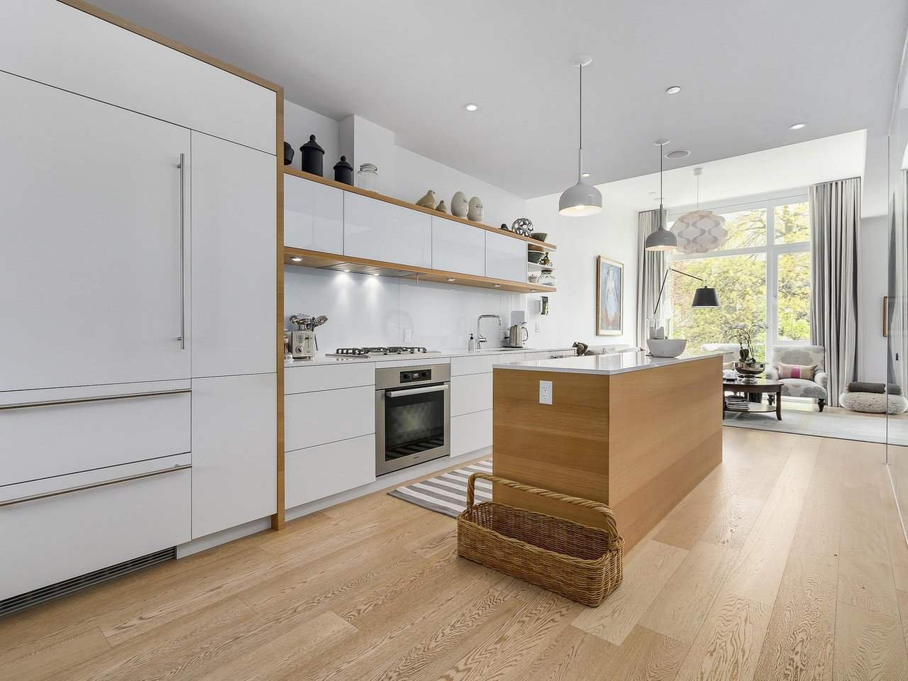 "Main Photo: 1887 W 2ND Avenue in Vancouver: Kitsilano Townhouse for sale in ""Blanc"" (Vancouver West)  : MLS®# R2164681"