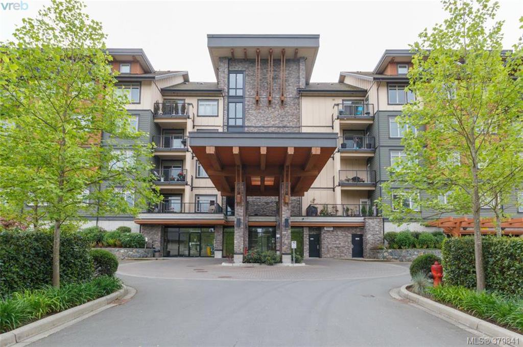 Main Photo: 512 623 Treanor Ave in VICTORIA: La Thetis Heights Condo Apartment for sale (Langford)  : MLS®# 762938