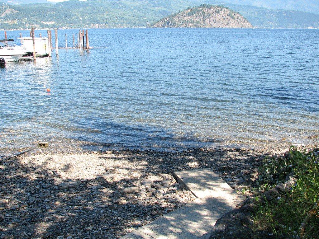 Main Photo: 2139 Ingram Road in Blind Bay: Shuswap House for sale