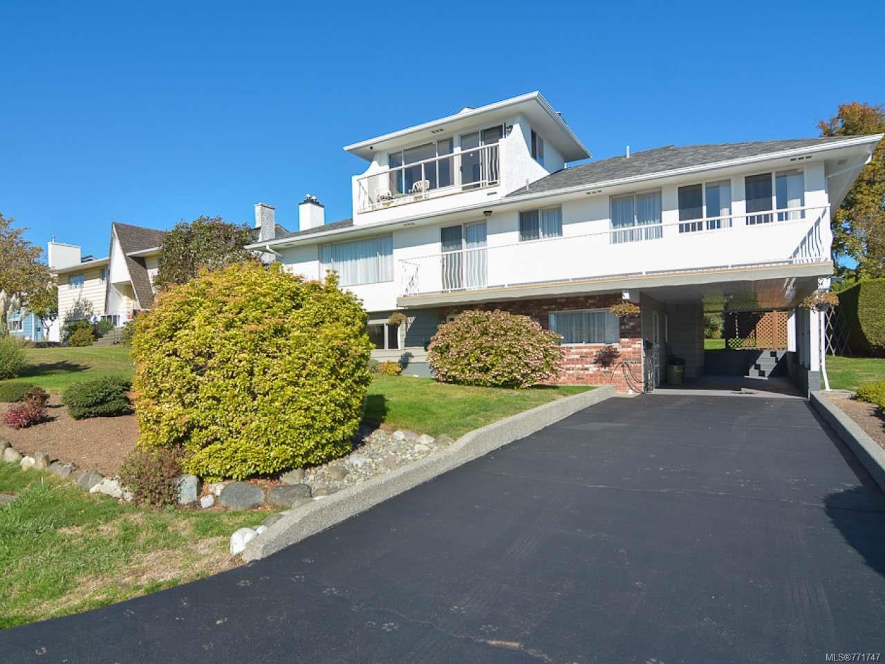 Main Photo: 2070 MURPHY Avenue in COMOX: CV Comox (Town of) House for sale (Comox Valley)  : MLS®# 771747