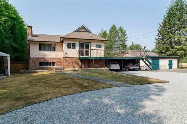 Main Photo: 22995 74 Avenue in Langley: Salmon River House for sale : MLS®# R2220723
