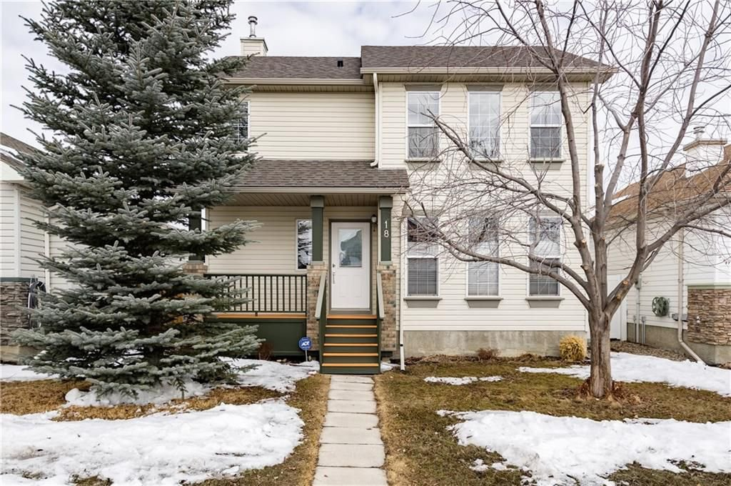 Main Photo: 18 SOMERSIDE Close SW in Calgary: Somerset House for sale : MLS®# C4174263