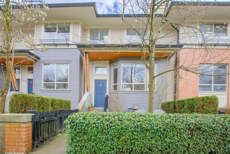 Main Photo: 85 100 KLAHANIE DRIVE in Port Moody: Port Moody Centre Townhouse for sale : MLS®# R2253692