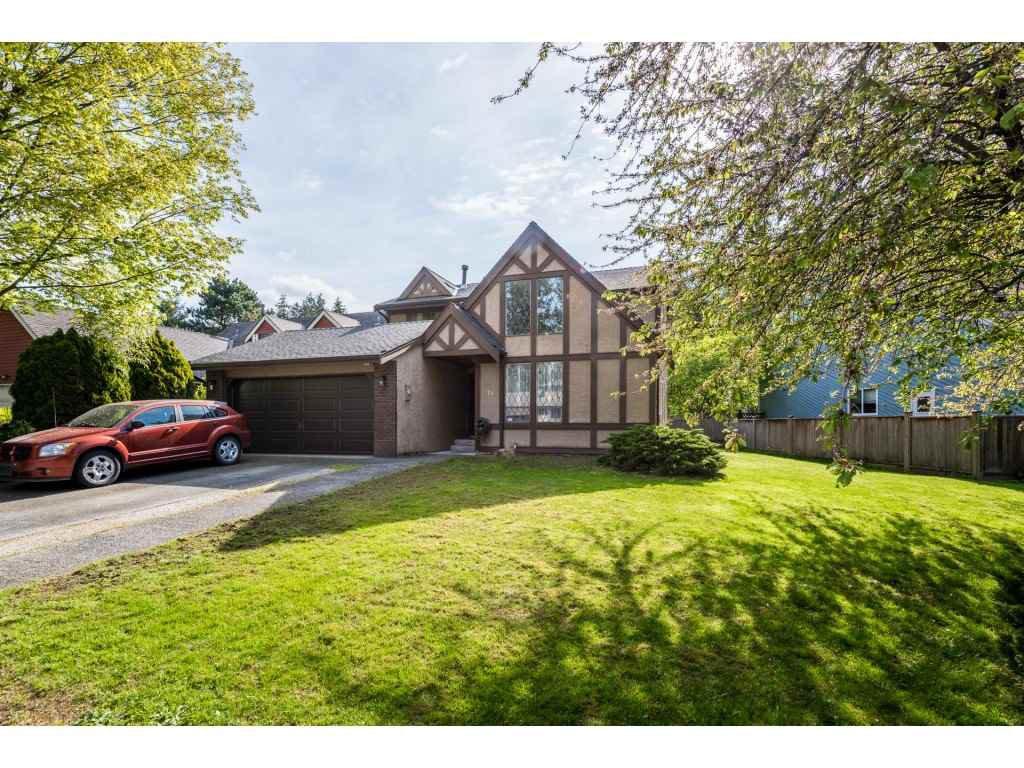 Main Photo: 7140 BLAKE Drive in Delta: Sunshine Hills Woods House for sale (N. Delta)  : MLS®# R2365383