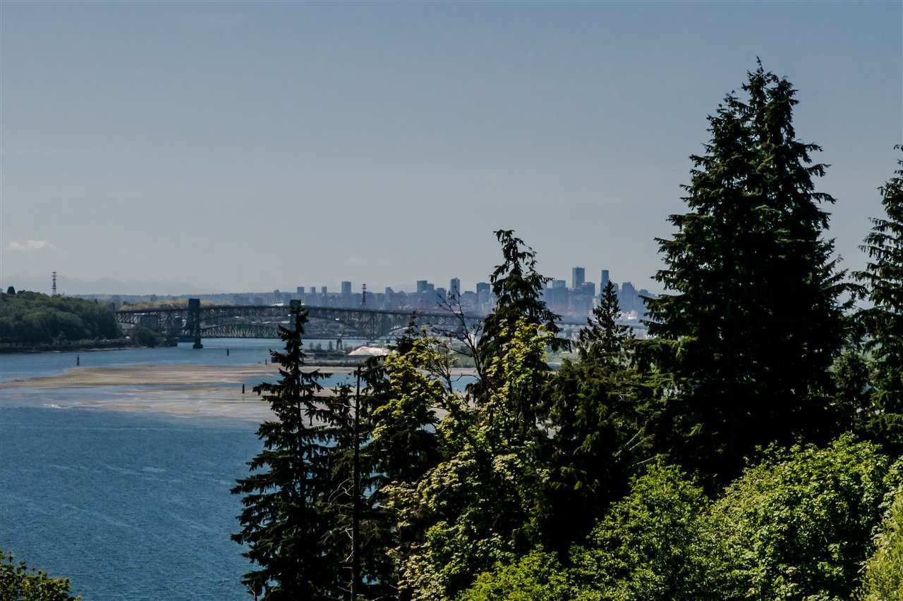 "Main Photo: 403 530 RAVEN WOODS Drive in North Vancouver: Roche Point Condo for sale in ""Seasons"" : MLS®# R2367973"