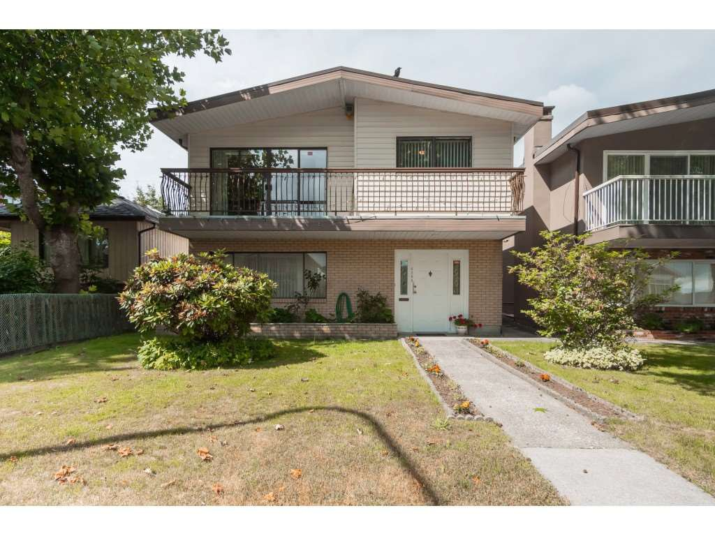 Main Photo: 4365 PARKER Street in Burnaby: Willingdon Heights House for sale (Burnaby North)  : MLS®# R2387016