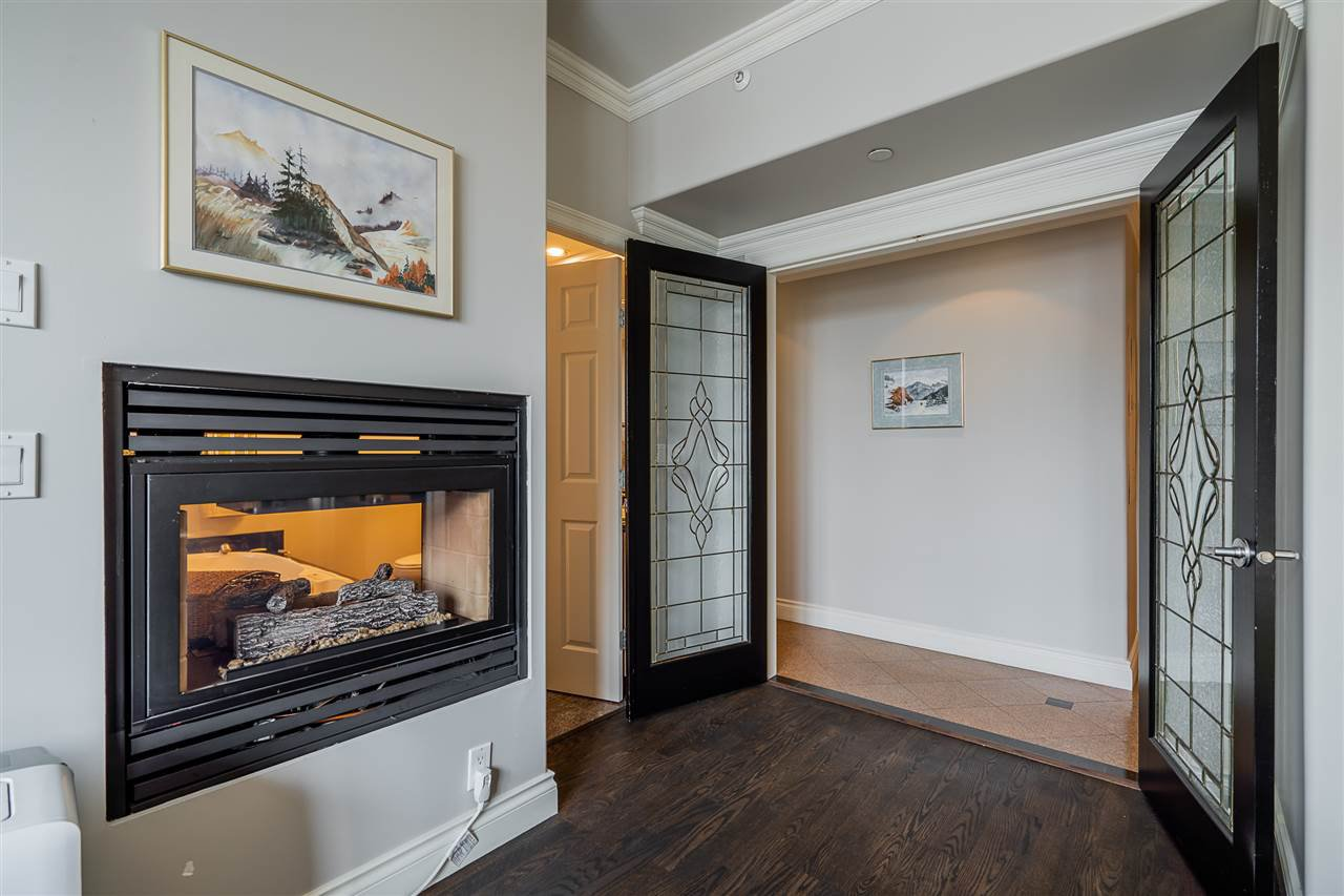 """Photo 11: Photos: 1103 680 CLARKSON Street in New Westminster: Downtown NW Condo for sale in """"The Clarkson"""" : MLS®# R2403823"""