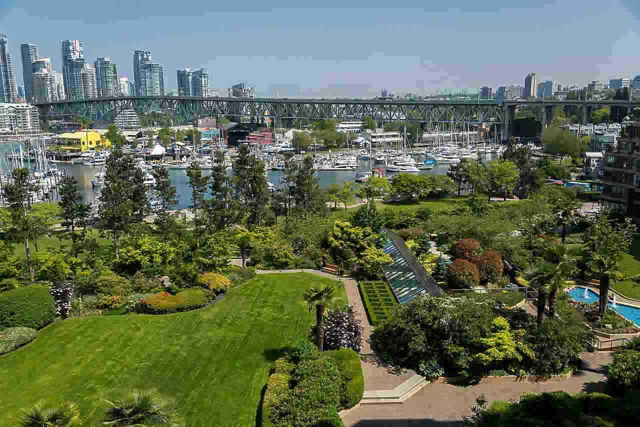 Main Photo: 706 1470 PENNYFARTHING Drive in Vancouver: False Creek Condo for sale (Vancouver West)  : MLS®# R2420861