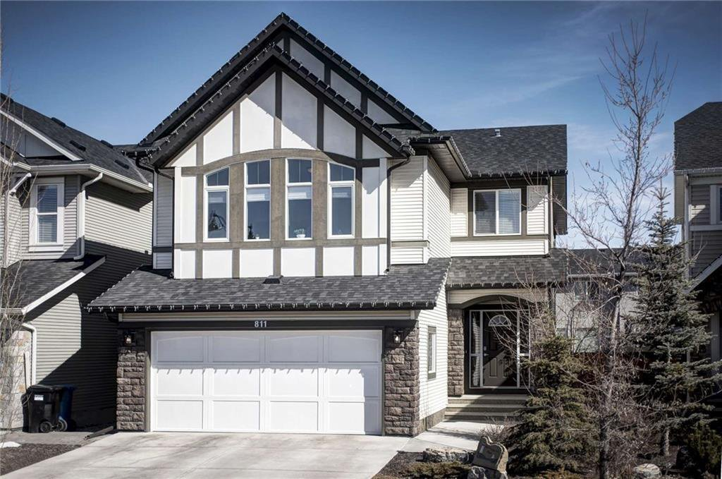 Main Photo: 811 New Brighton Drive SE in Calgary: New Brighton Detached for sale : MLS®# C4300093