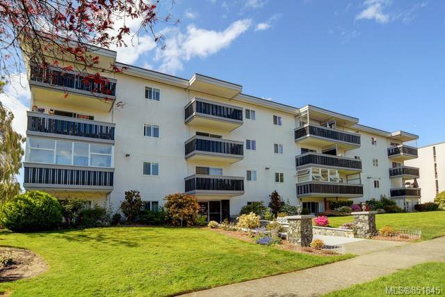 Main Photo: 304 118 Croft St in : Vi James Bay Condo for sale (Victoria)  : MLS®# 851845