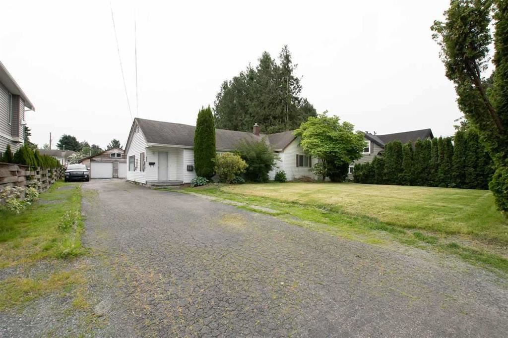 Main Photo: 9742 CORBOULD Street in Chilliwack: Chilliwack N Yale-Well House for sale : MLS®# R2505101