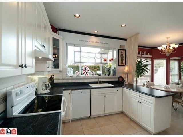 "Photo 7: Photos: 16807 GREENWAY Drive in Surrey: Fleetwood Tynehead House for sale in ""Fleetwood Tynehead"" : MLS®# F1106084"