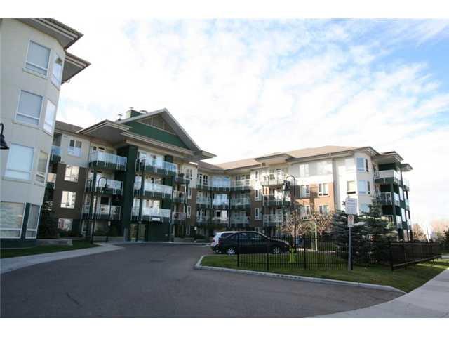 Main Photo: 408 - 3111 34 Avenue NW in Calgary: Varsity Village Condo for sale : MLS®# C3449521